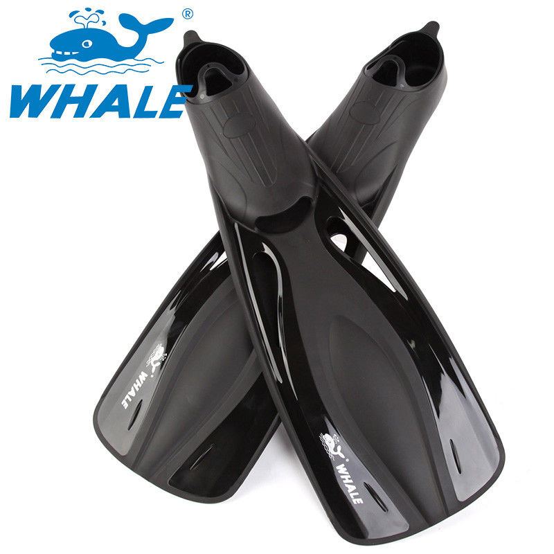 Black Adjustable Skin Diving Fins , Lightweight Snorkel Fins With PP And TPR Material